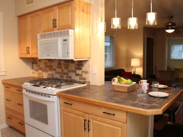 Crystal Beach Cottage Rentals - Beebalm Cottage for rent 12 Kitchen 1