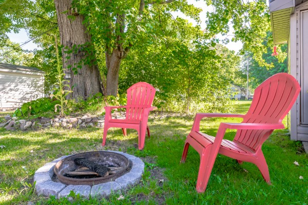 Crystal Beach Cottage Rentals - Beebalm Cottage for rent 23 Deck