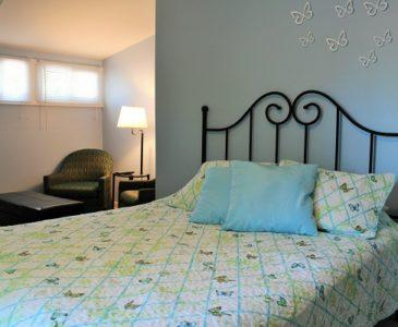 The Garden Cottage - Master Bedroom