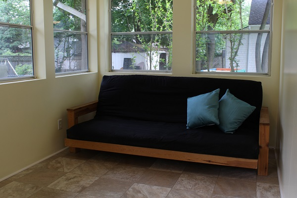 Garden Cottage - Sunroom Futon