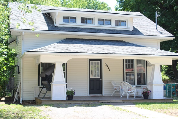 The Garden Cottage - Front Porch