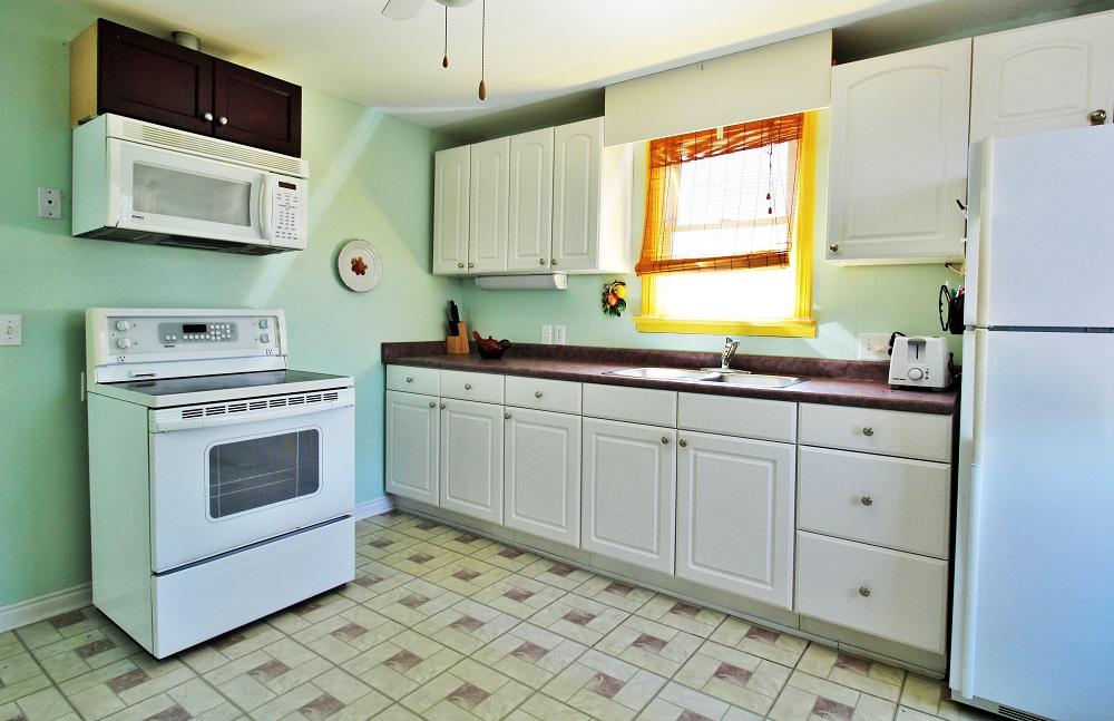 Santa Roca Cottage Kitchen 2 Crystal Beach Cottage Rentals