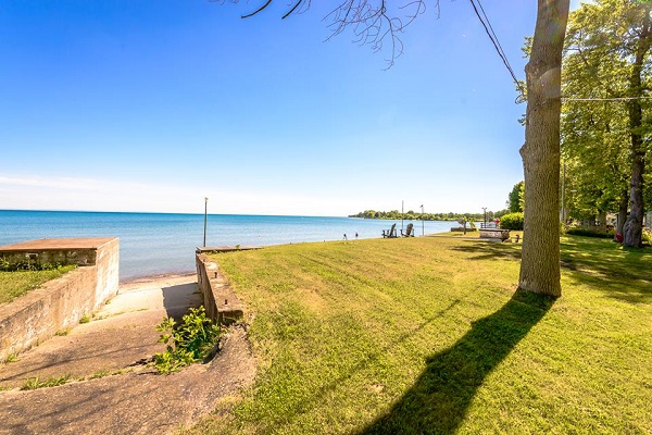 Lake View - Splash Pad II - Sunset Bay - Port Colborne ON - Waterfront Cottage Rentals