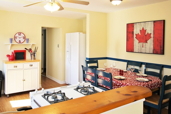 Sunnyside Place - Kitchen - Crystal Beach Cottage Rentals