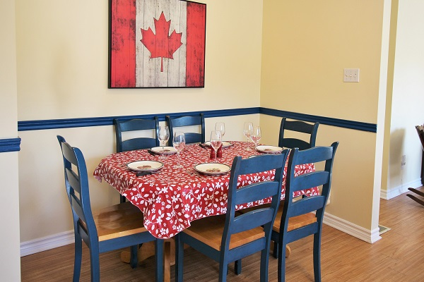 Sunnyside Place - Kitchen Dining Area - Crystal Beach Cottage Rentals