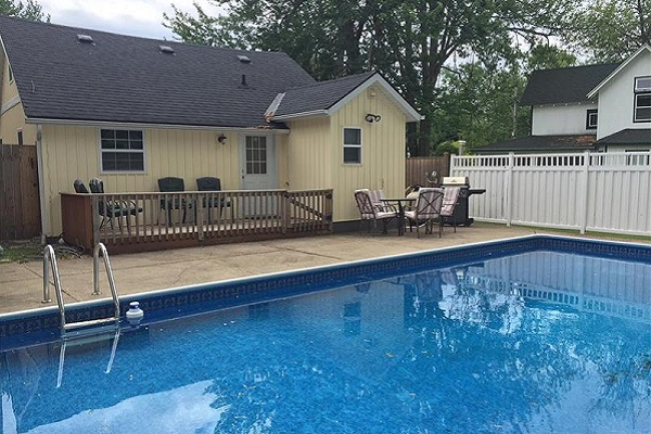 Happy Daze Cottage - In-ground Pool - Crystal Beach Cottages for Rent