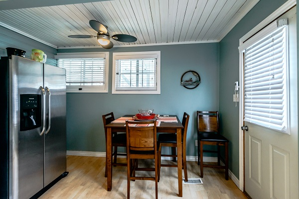 Dining Area - Shady Sands Retreat - Crystal Beach Cottage Rentals - Lake Erie