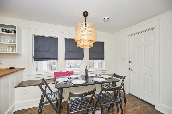 Cherry Beach Cottage - Dining Area - Crystal Beach Cottage Rentals