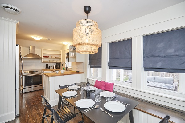 Cherry Beach Cottage - Dining Area and Kitchen - Crystal Beach Cottage Rentals