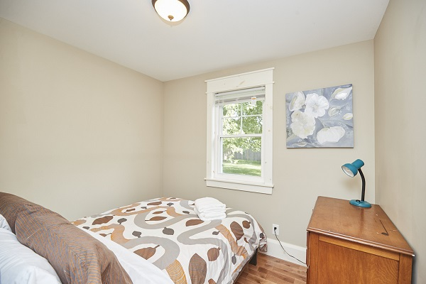 Rise N Shine - Bedroom 2 - Crystal Beach Cottages For Rent - Ridgeway ON