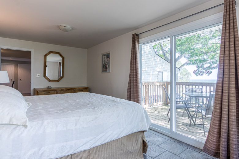Small - 3876 Terrace Lane - 29