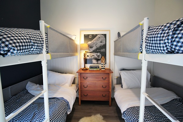 Summer Wind - bunk beds - Holiday Homes Property Management - Crystal Beach