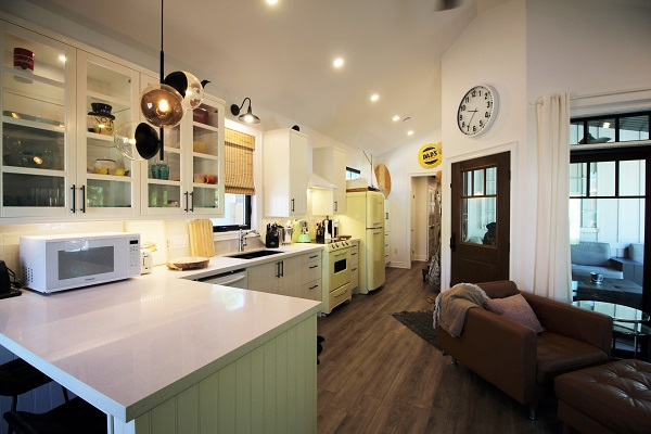 Summer Wind - kitchen 6 - Holiday Homes Property Management - Crystal Beach Cottage rentals