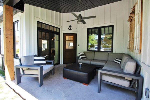 Summer Wind - patio - Holiday Homes Property Management - Crystal Beach Cottage rentals