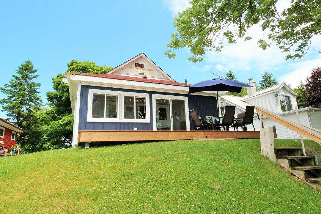 Walker Cottage-backdeck2-Wainfleet-HolidayHomesPM
