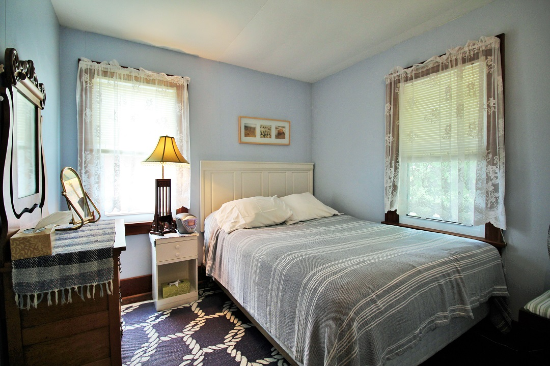 Walker Cottage-bedroom1-Wainfleet-HolidayHomesPM