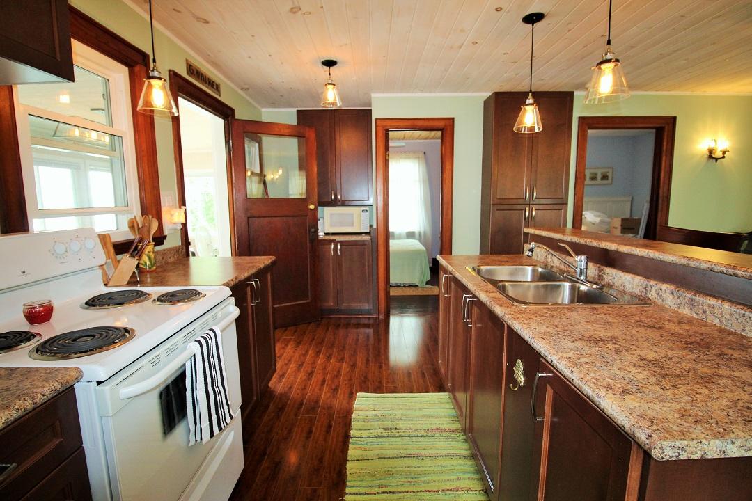 Walker Cottage-kitchen-Wainfleet-HolidayHomesPM