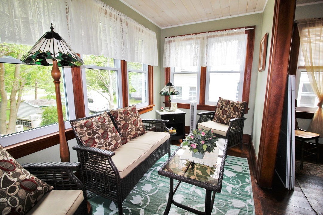 Walker Cottage-livingroom-Wainfleet-HolidayHomesPM