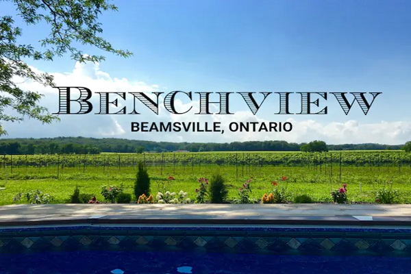 Benchview - 4 bedroom, king bed, hot tub, swimming pool, Bench Brewery Beamsville