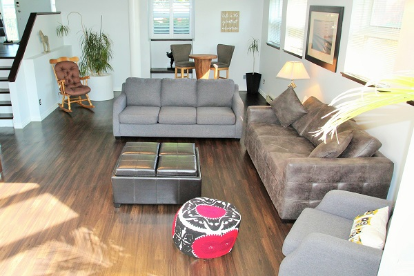 Benchview-Beamsville-downstairs-Holiday Homes Property Management