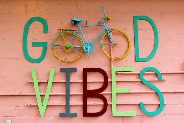 Good Vibes-Crystal Beach-HolidayHomesPropertyManagement-NiagaraFalls 600x400