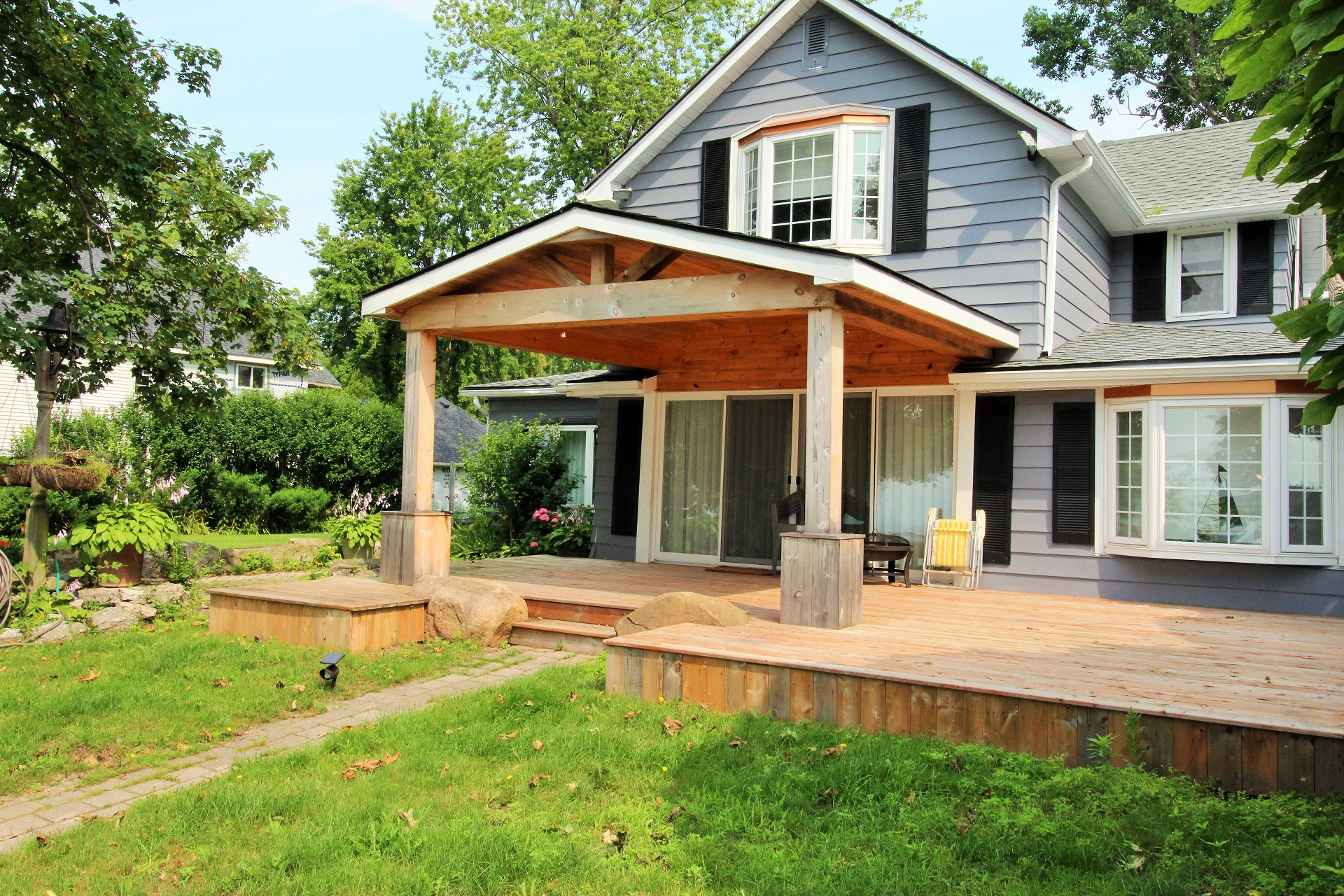 Lakeside Paradise - Fort Erie 12 - Holiday Homes Property Management