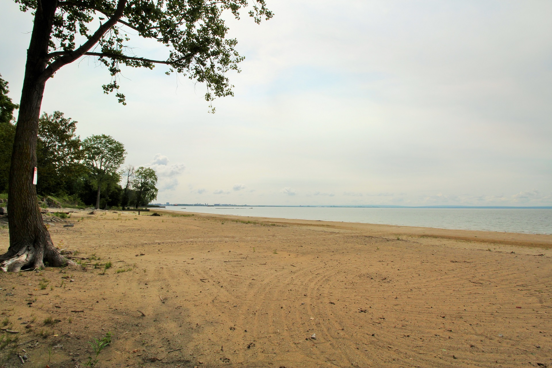 Lakeside Paradise - Fort Erie 9 - Holiday Homes Property Management