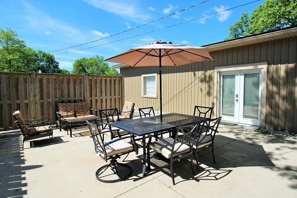 Orchard Shores - outside - Fort Erie