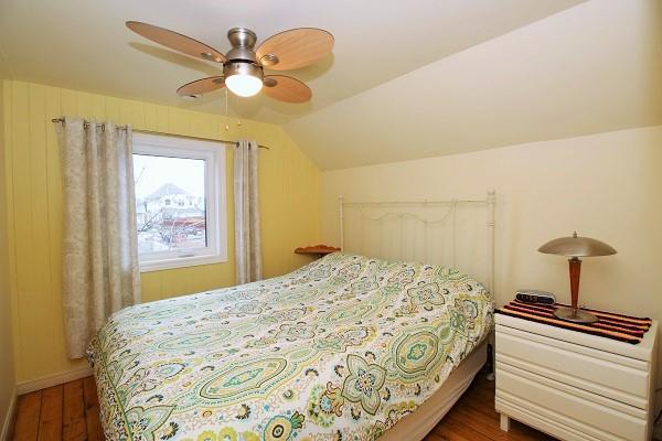 Sandy Shores - Bedroom 2 (queen bed) - Crystal Beach Cottage Rentals (2)