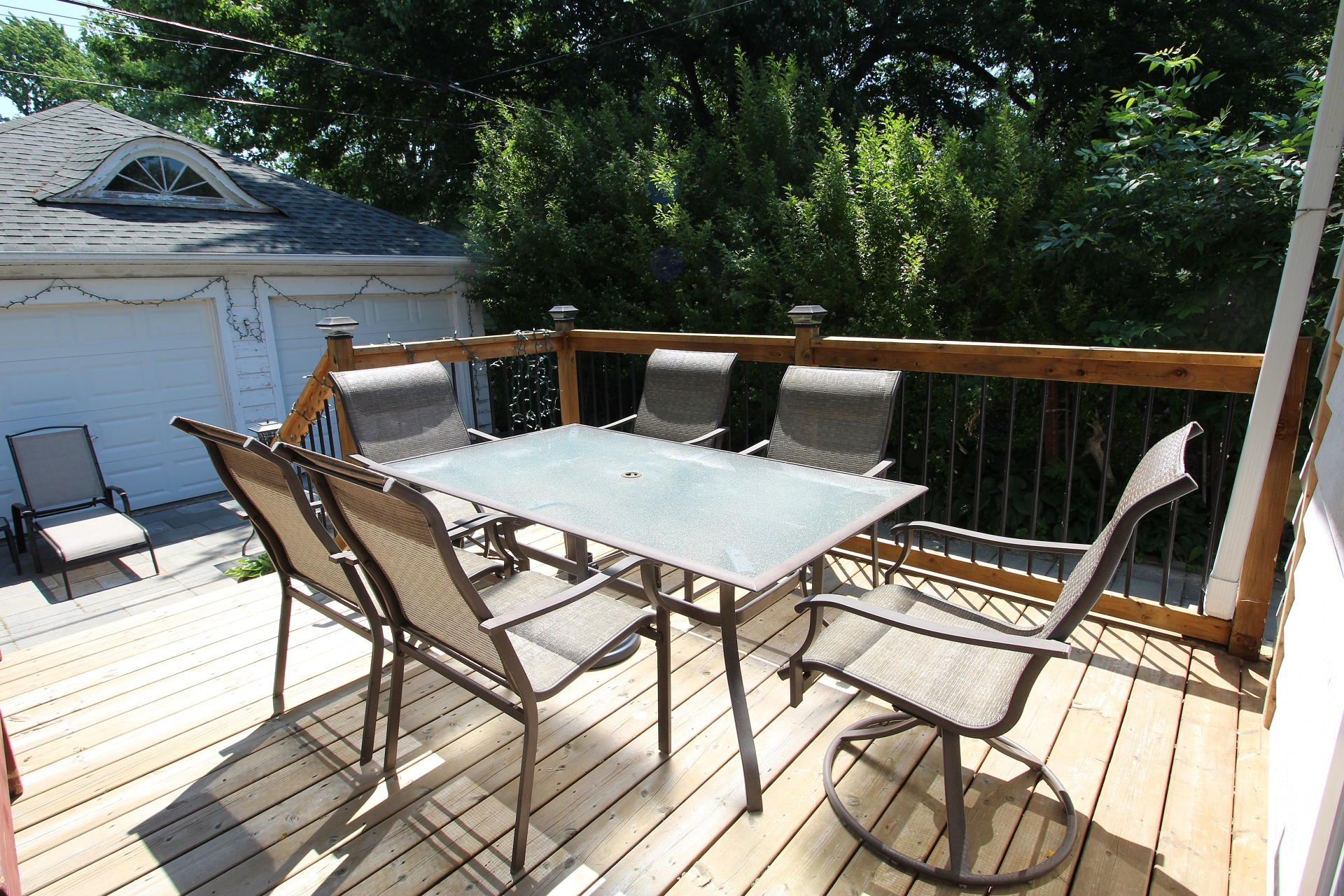 West Wind - back deck - crystal beach, on - holiday homes property management