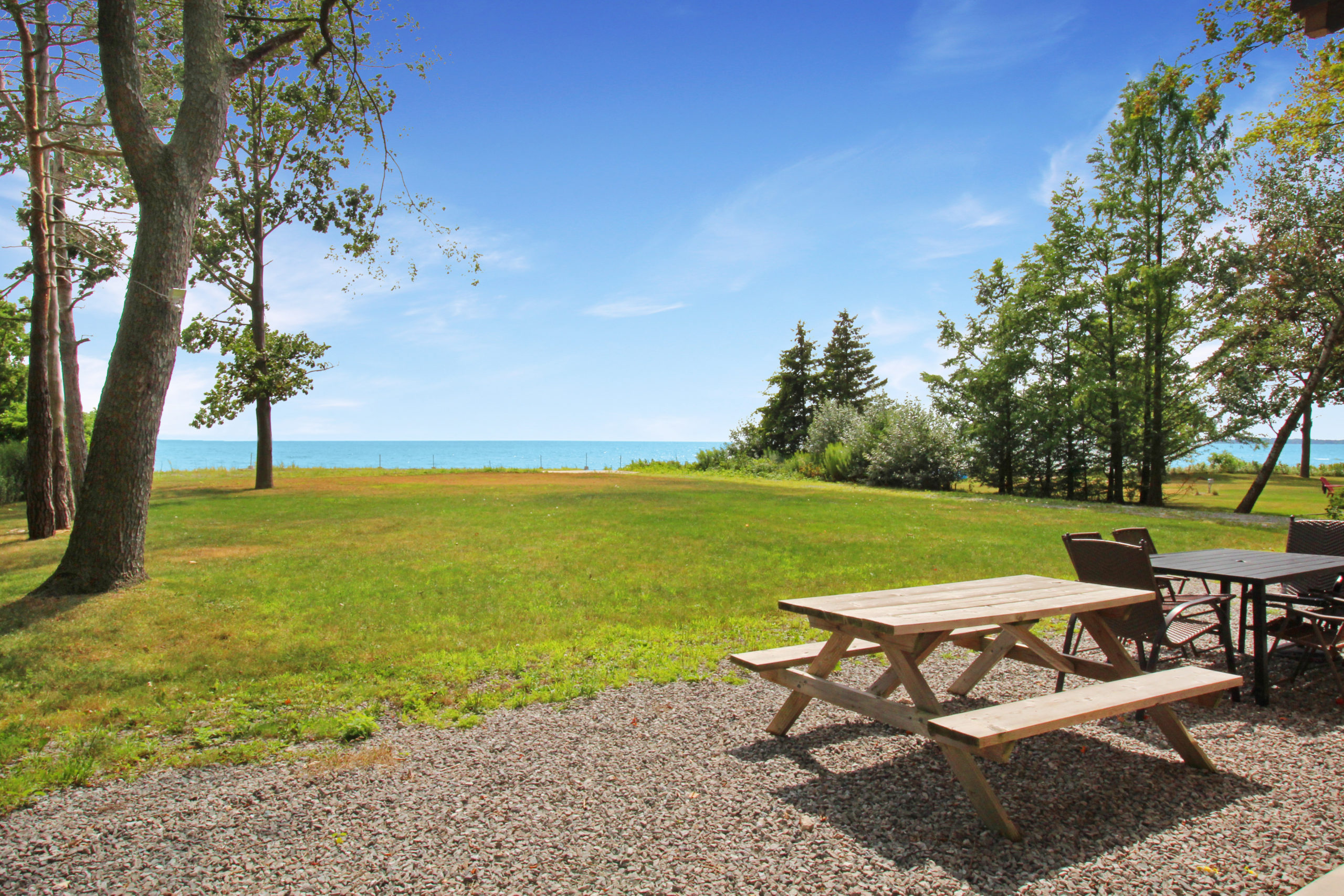 Windpoint Cottage - Waterfront Cottage - Beachfront - waterview - Lake Erie - Holiday Homes Property Management