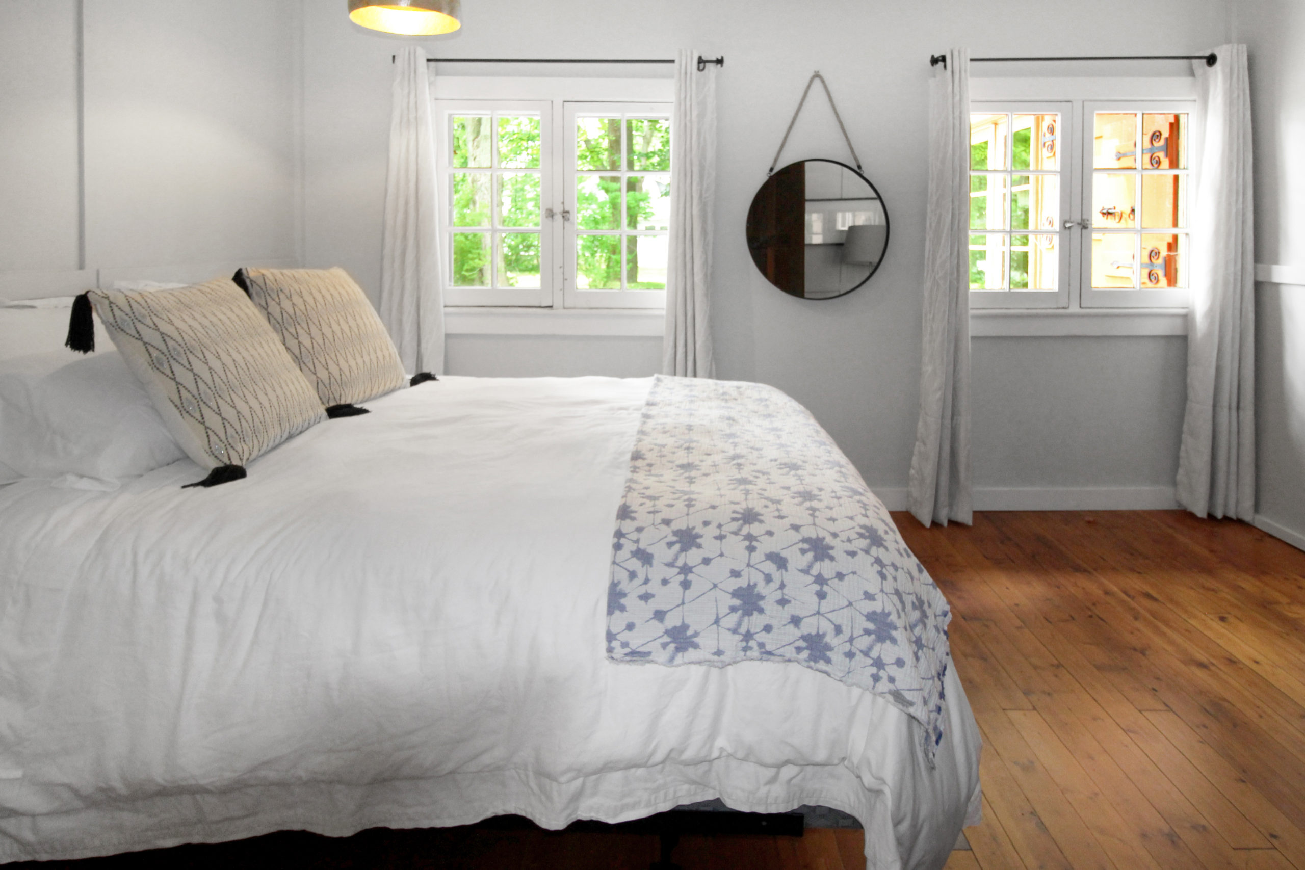 Windpoint Cottage - Waterfront Cottage -Bedroom 2 - Lake Erie - Holiday Homes Property Management