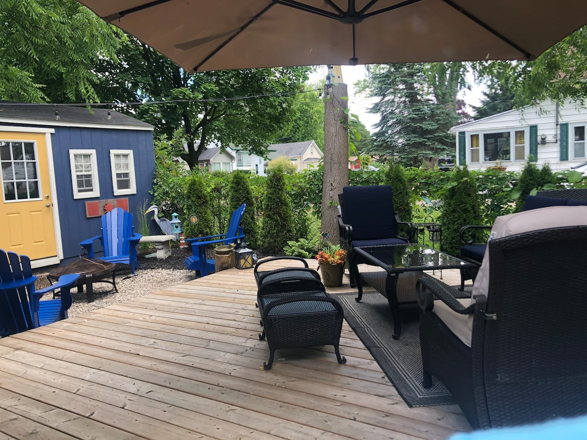 Home Away From Home-Backyard-Holiday Homes Property Management-Crystal Beach ON