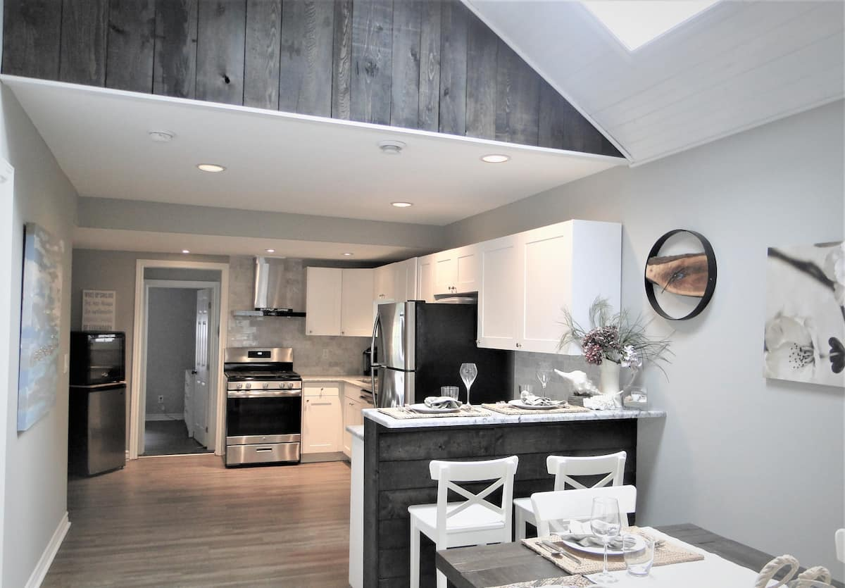 Home Away From Home-Kitchen-Holiday Homes Property Management-Crystal Beach ON